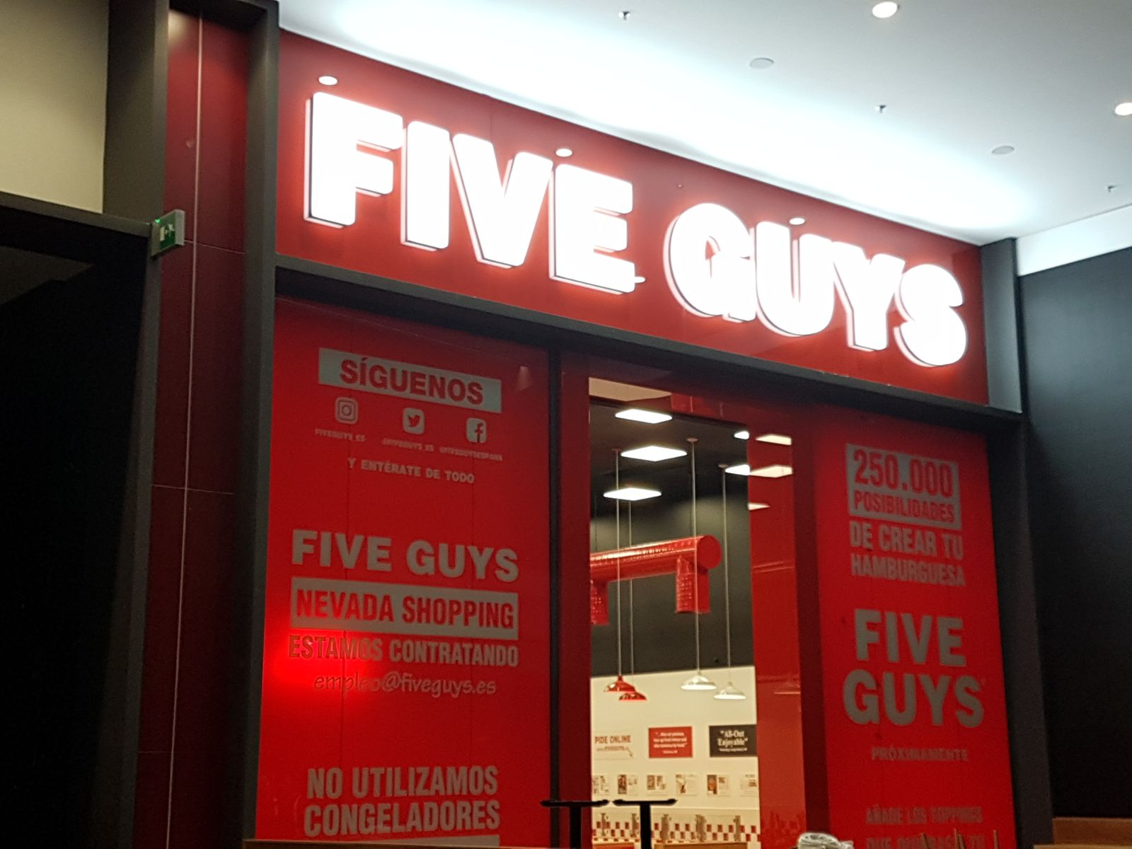 FIVE GUYS - Illuminated Sign 3